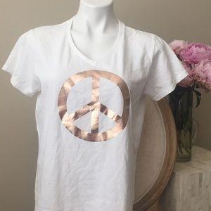 Tops - Short sleeve peace top L